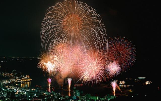 fireworks10-1024x640