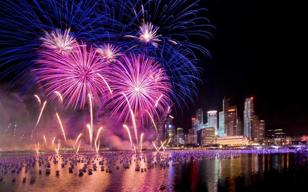 fireworks3 1024x640
