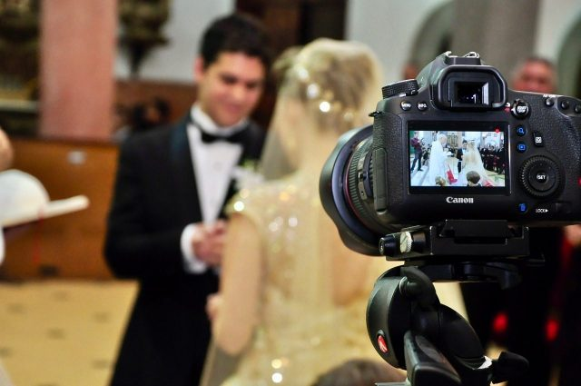 7 Ways to Broadcast a Marriage by Live Streaming the Wedding